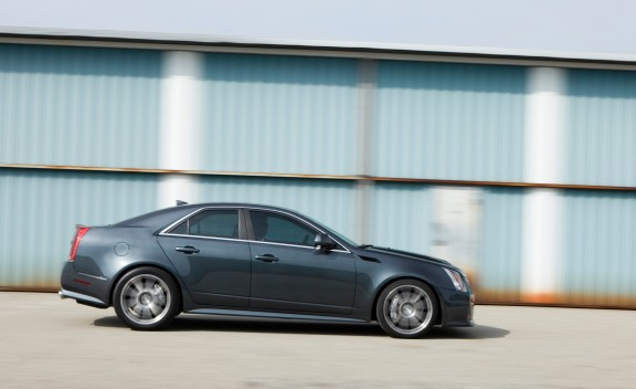 Hennessey cadillac cts v v700 7 The super fast Sedan awaits YOU!