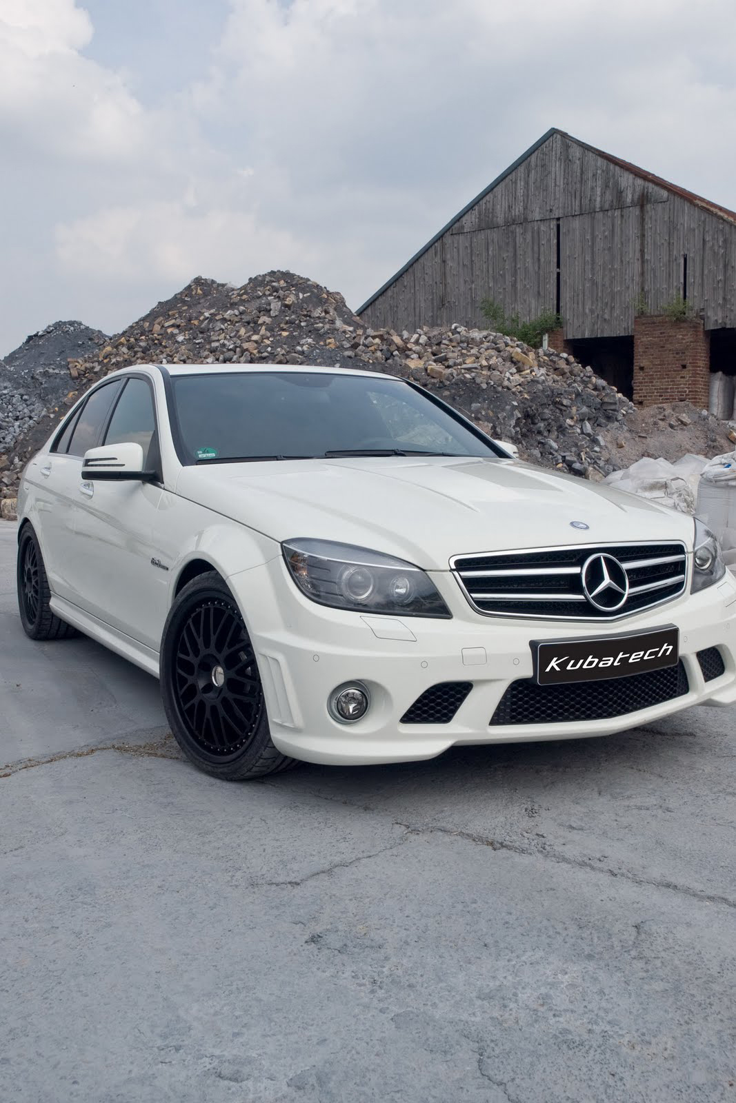 Mercedes Kubatech C63 AMG 1 Kubatech's Mercedes Benz C63 AMG –More Energy Efficient and Competent