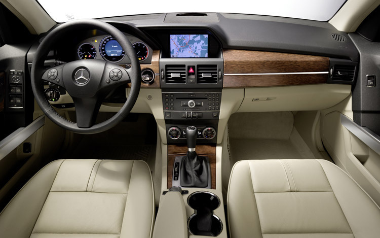 mercedesbenz glk 2 A happy family drive with 2012 Mercedes Benz GLK