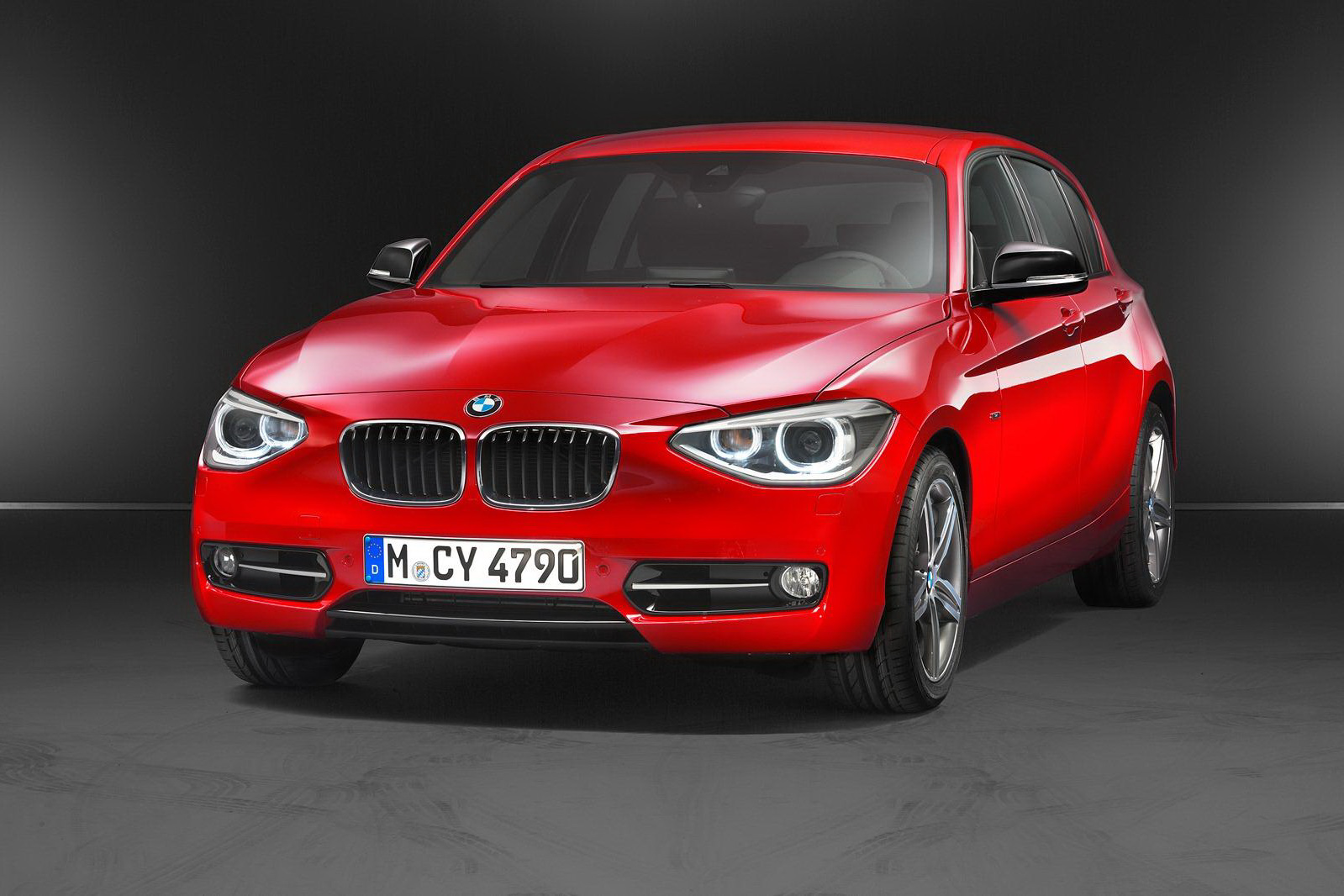 2012 bmw 1 series hatchback with 1 6 liter turbo gasoline engine. Black Bedroom Furniture Sets. Home Design Ideas