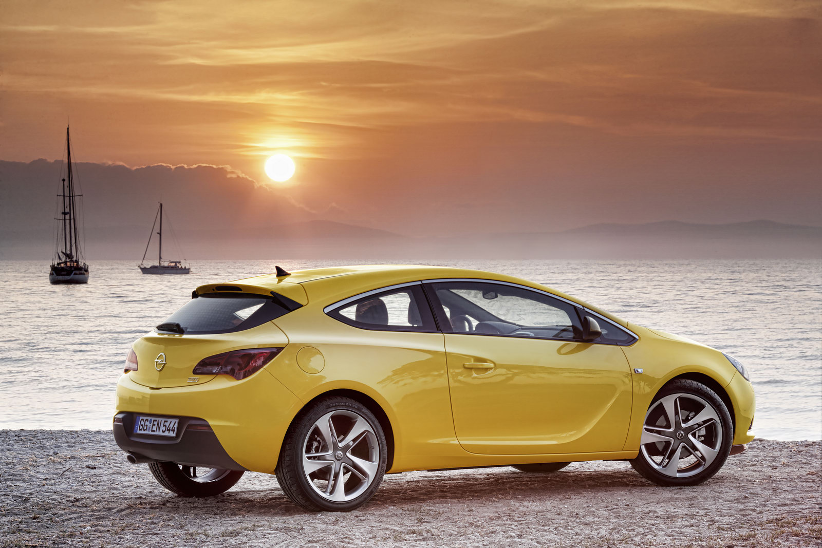 Opel Astra GTC 3 2012 Astra GTC A Car Review