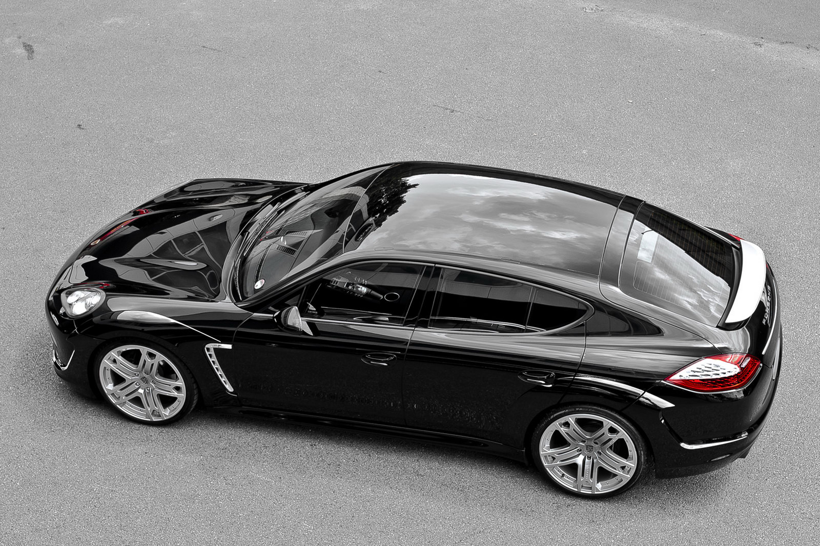 Project Kahn Porsche Panamera 2 Kahn's new car project: The Porsche Panamera Car Saloon