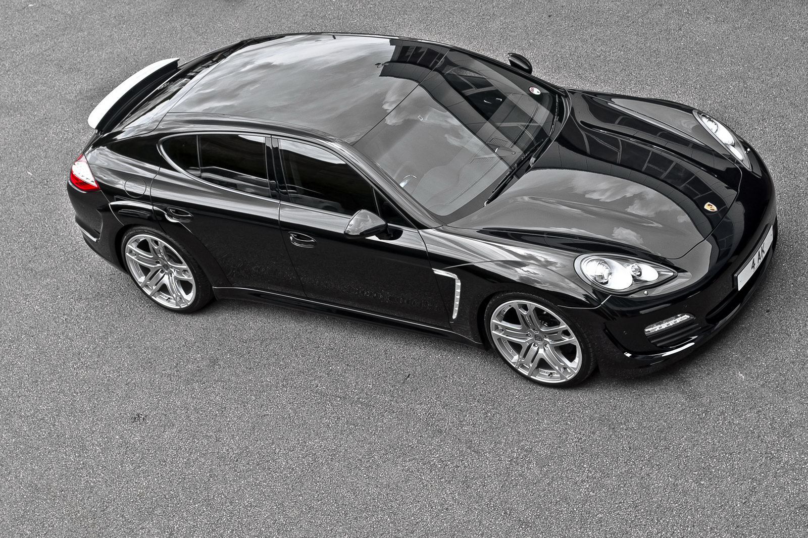Project Kahn Porsche Panamera Kahn's new car project: The Porsche Panamera Car Saloon
