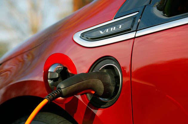 volt charger 630 EV batteries to get liquid fuel, thanks to MIT students