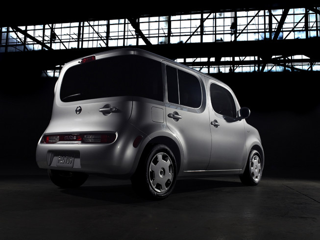 2011 Nissan Cube 2 2011 Nissan Cube is strangely trendy