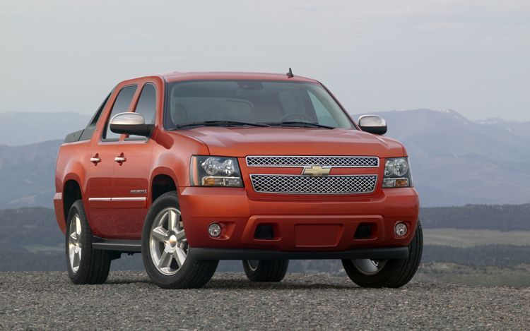 2011 chevrolet avalanche 1 GMs Cool Creation
