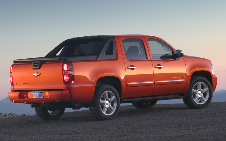 2011 chevrolet avalanche 2 GMs Cool Creation