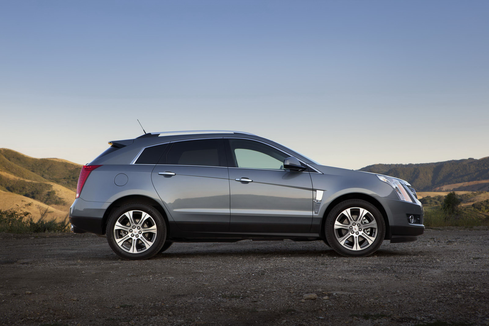 2012 Cadillac SRX Crossover 5 2012 Cadillac SRX Crossover with New Look