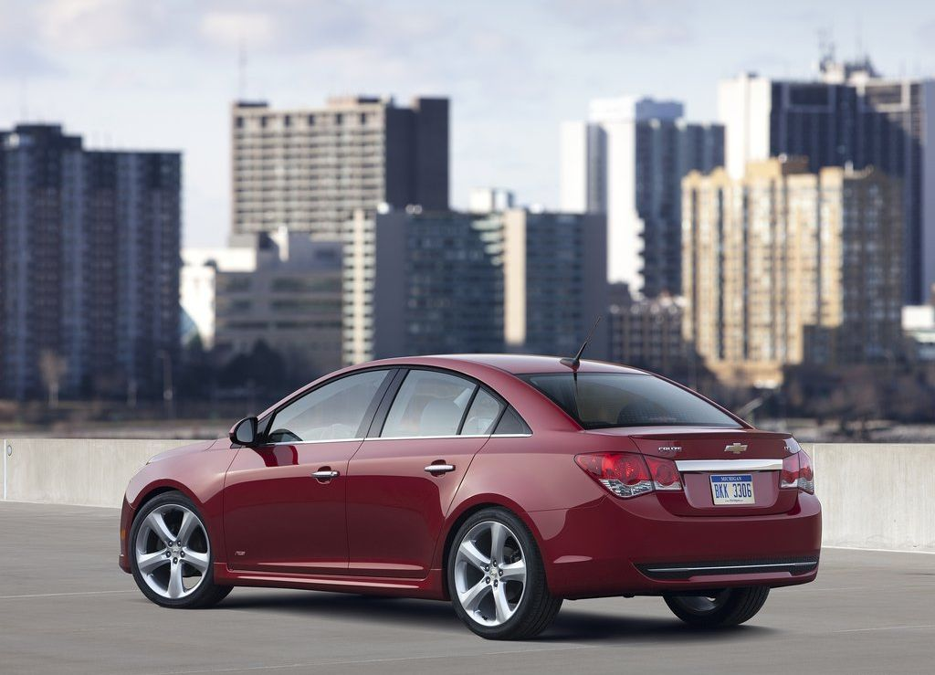 2012 Chevrolet Cruze Facelift 2 MODIFIED 2012 CHEVROLET CRUZ TO HIT THE INDIAN MARKET Very Soon