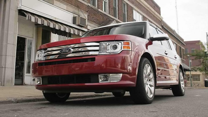 2012 Ford Flex 2012 Ford Flex Crossover Performs Well without Dampening Nature