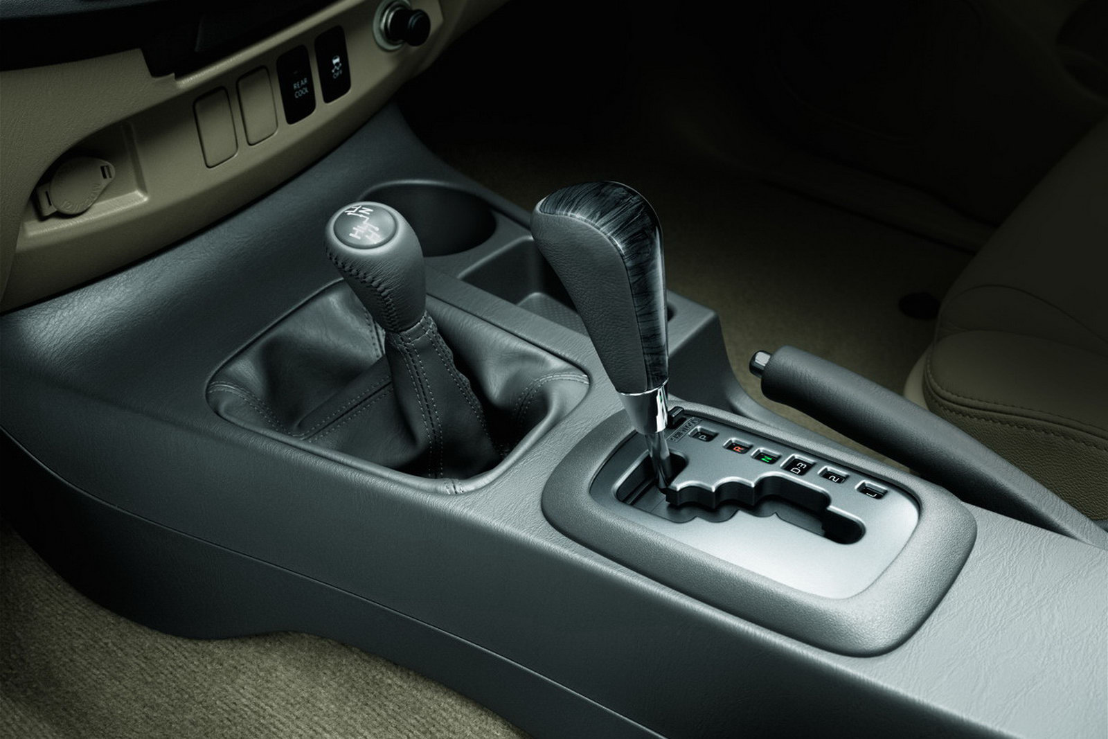 Toyota unveils the 2012 Fortuner Asian Model 2012-Toyota-Fortuner (9