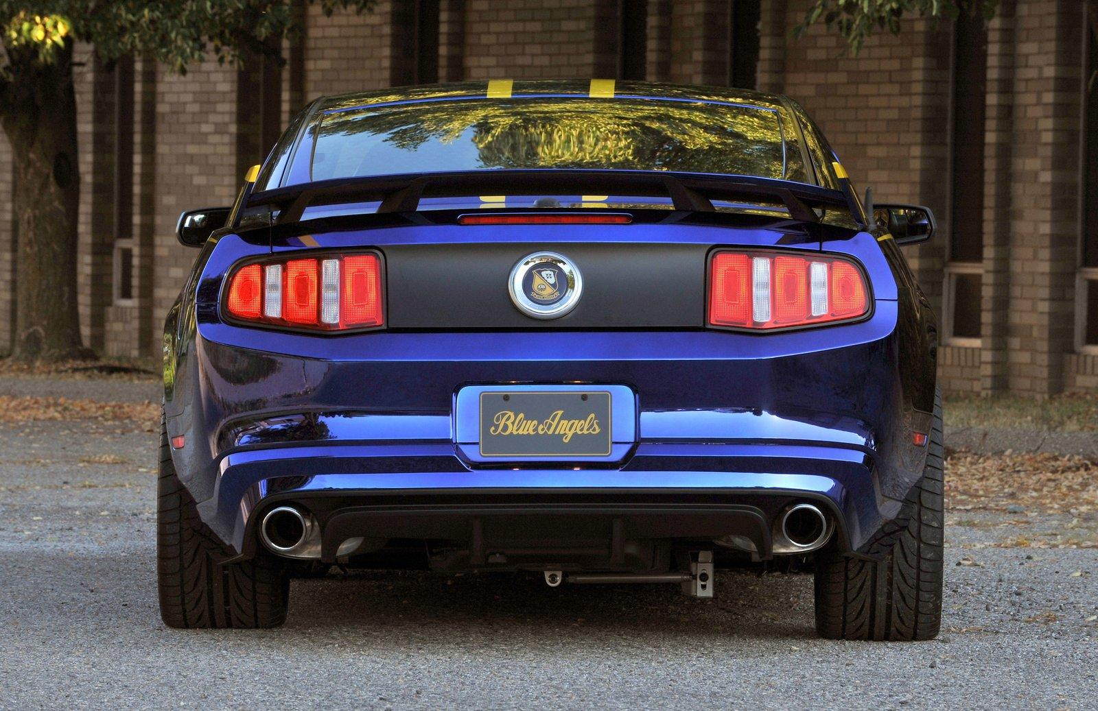 2012 ford mustang blue angels edition 8 2012 Ford Mustang Blue Angels to Gift Mustang GT Variant