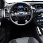 Ford-Focus_Sedan_2011 (3)