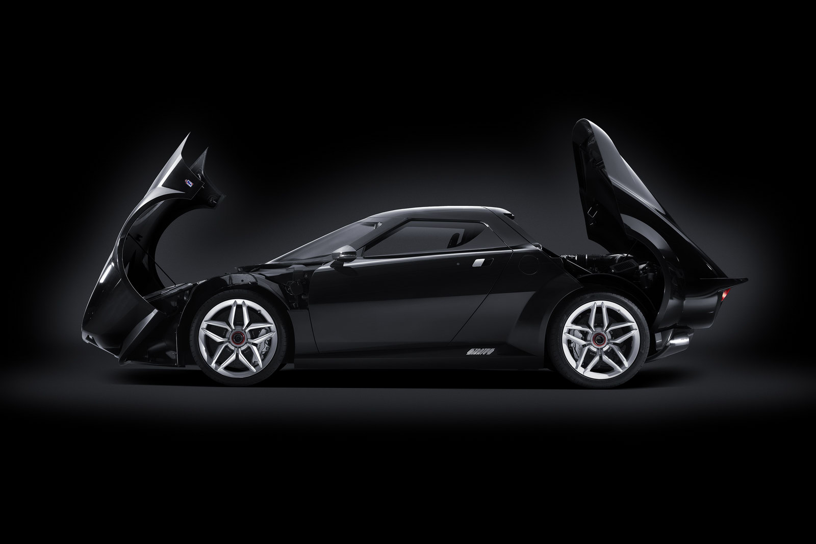 New lancia Stratos 11 Ferrari accused of obstructing in Lancia Stratos new invention