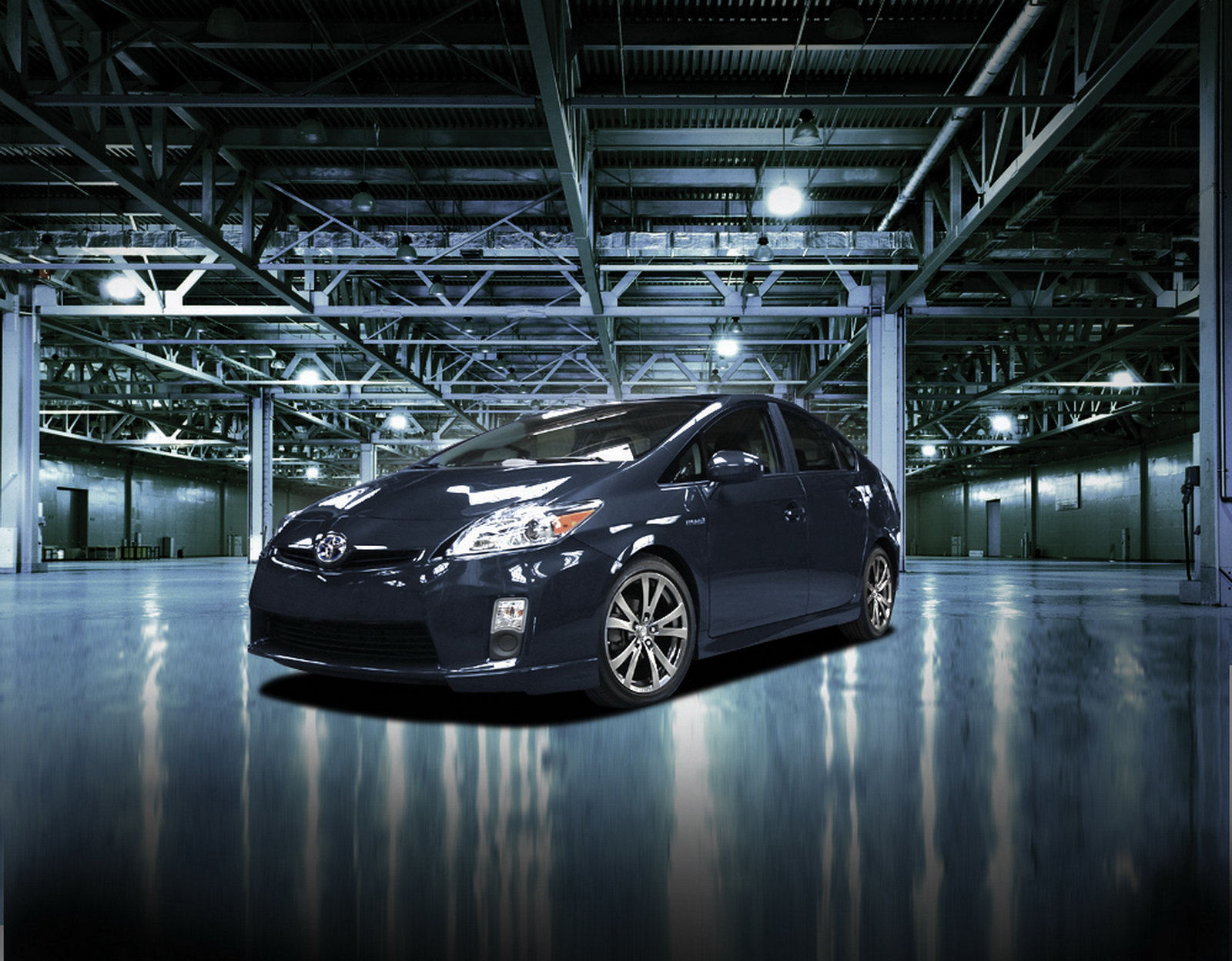 Toyota Prius Plus 1 Toyota Launched Plus Performance Kit