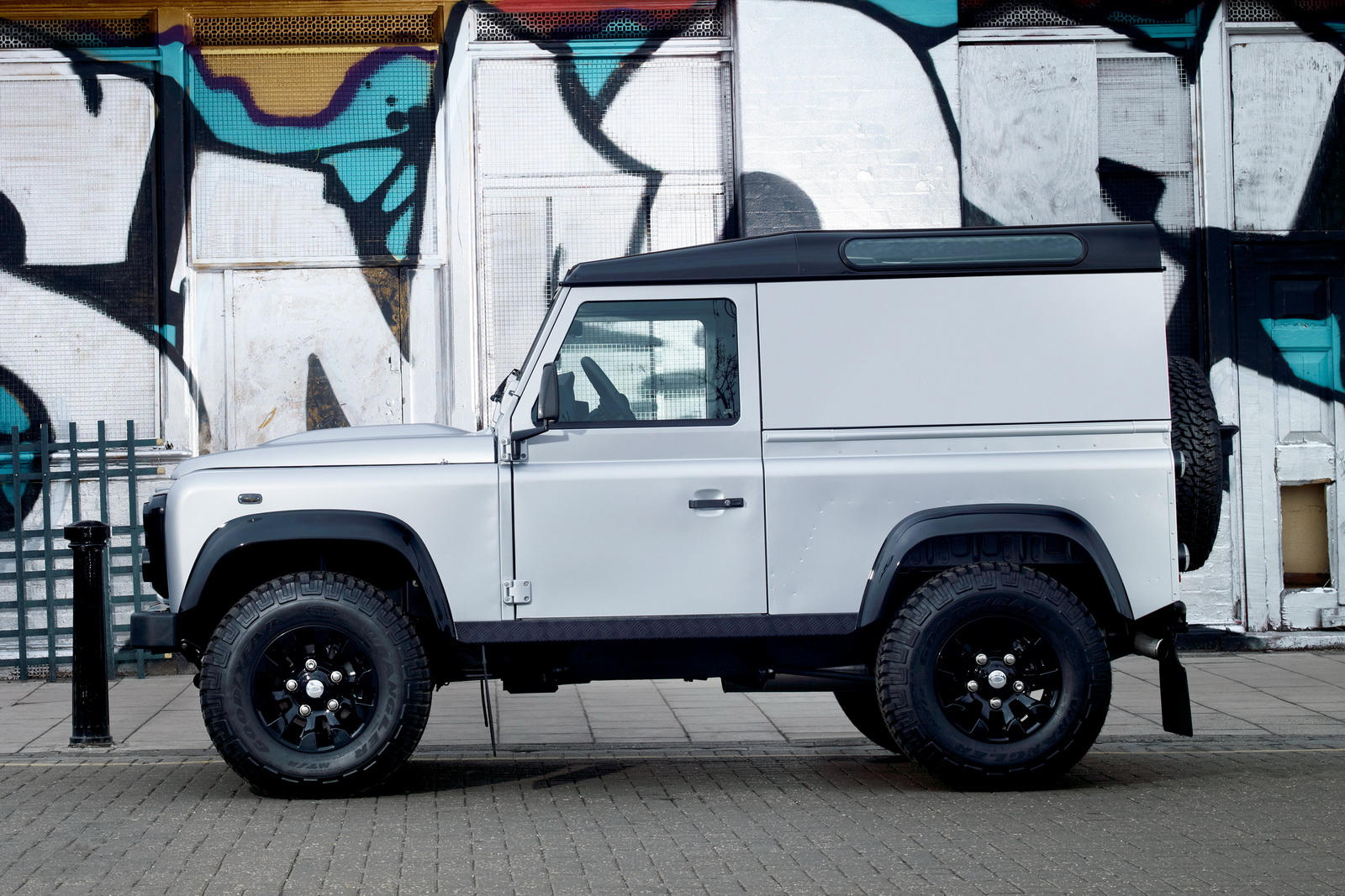 2011 Land Rover Defender Concept 3 2011 Concept Defender to Be Launched Soon by Land Rover