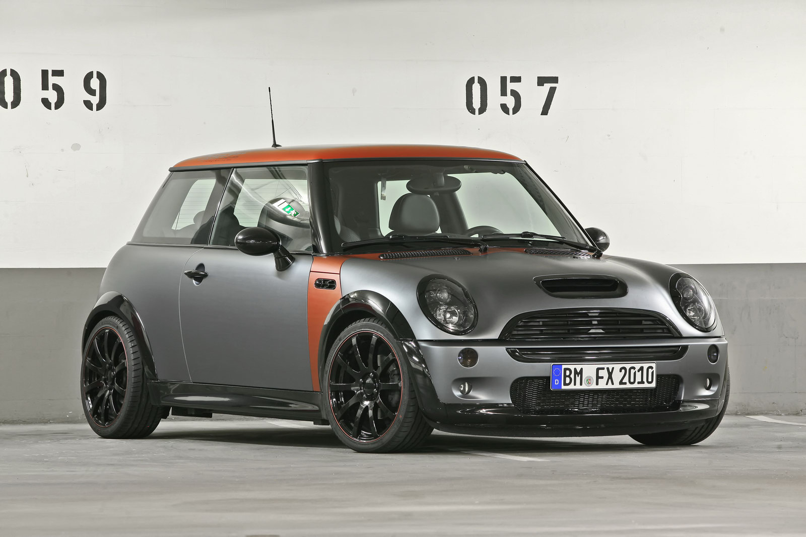 coverefx enhances the 2011 mini cooper. Black Bedroom Furniture Sets. Home Design Ideas