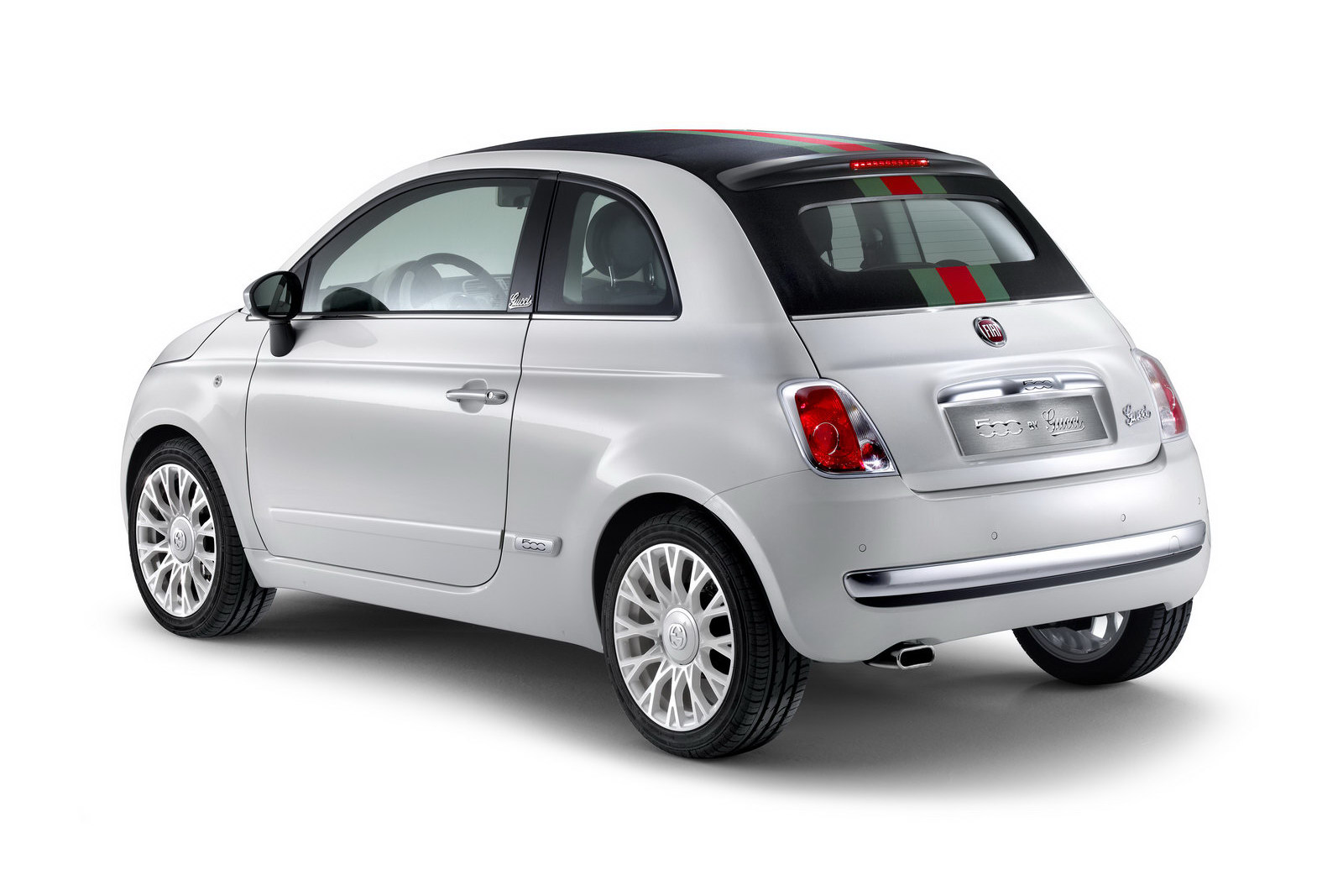 2012 Fiat 500 by Gucci 1 FIAT ANNOUNCES NEW 2012 TOPLESS EDITION FROM GUCCI