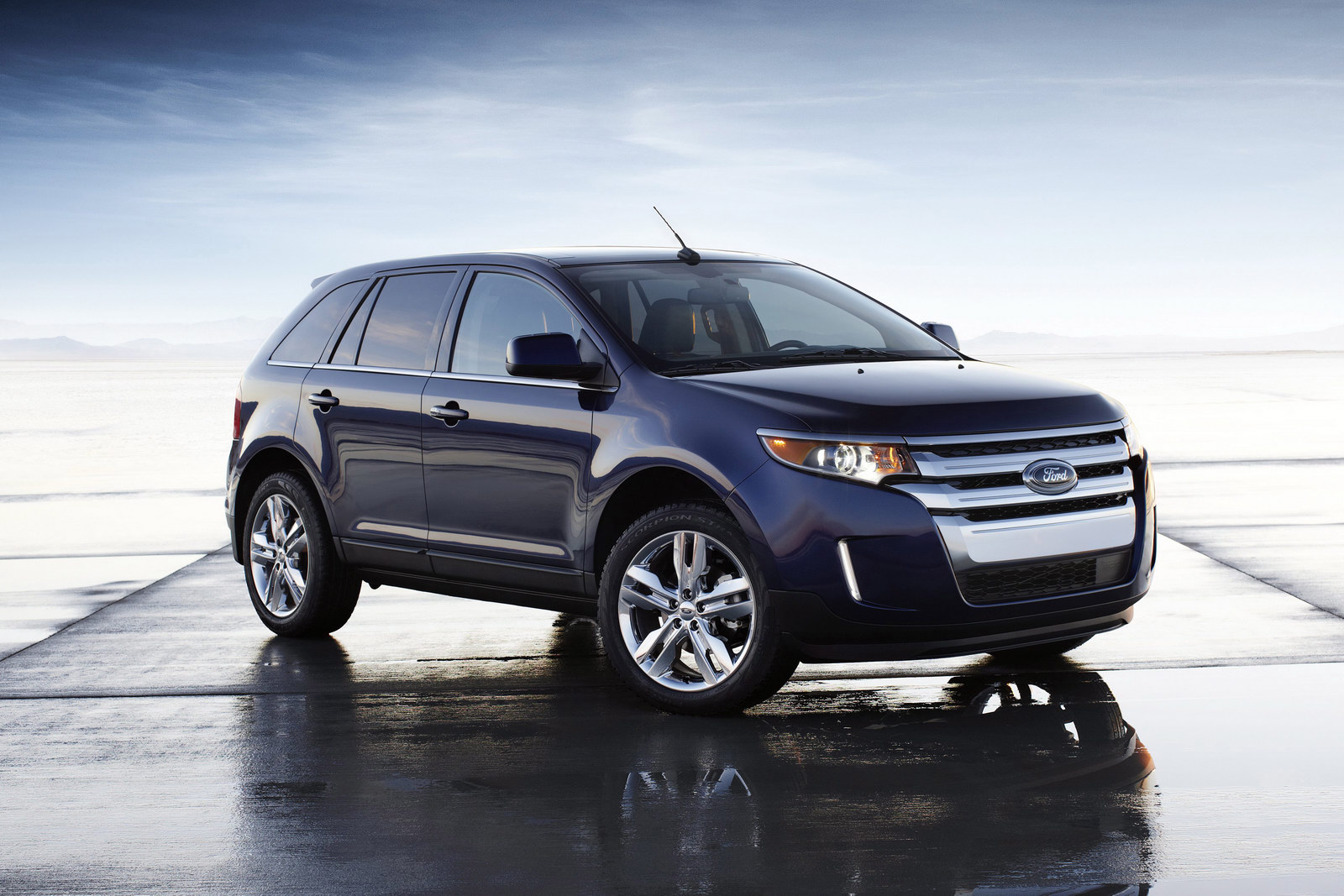 2012 Ford Edge Ecoboost powered 2012 Ford Edge delivers up to 30 MPG