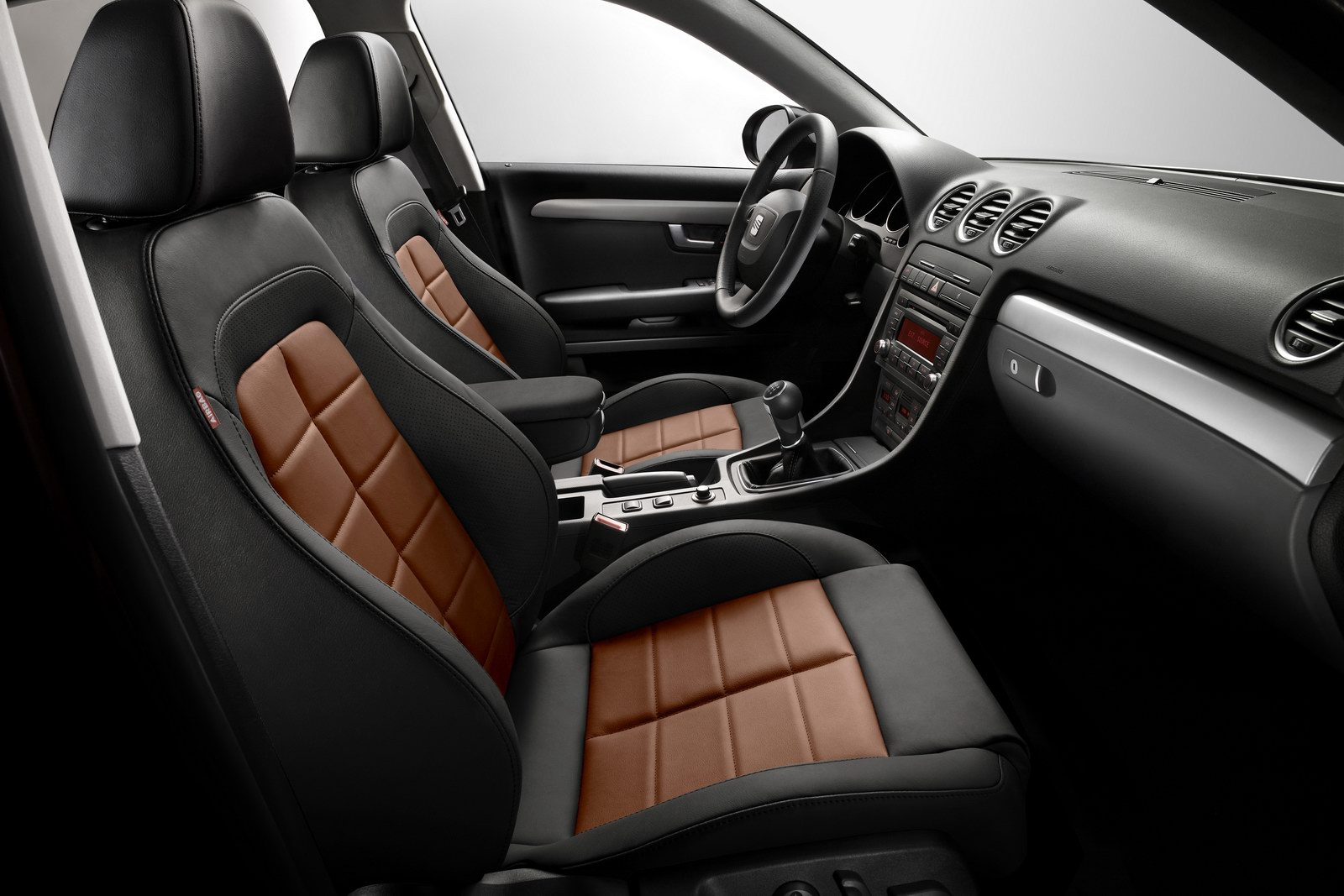 2012 seat exeo modified version unveiled. Black Bedroom Furniture Sets. Home Design Ideas