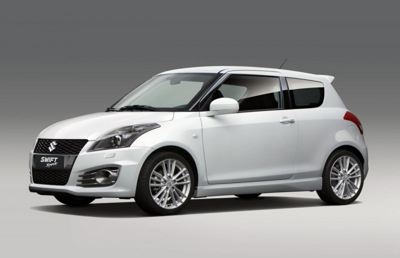 2012 Suzuki Swift Sport Front Side 800x516 2012 Suzuki Swift introduced before Frankfurt Motor Show
