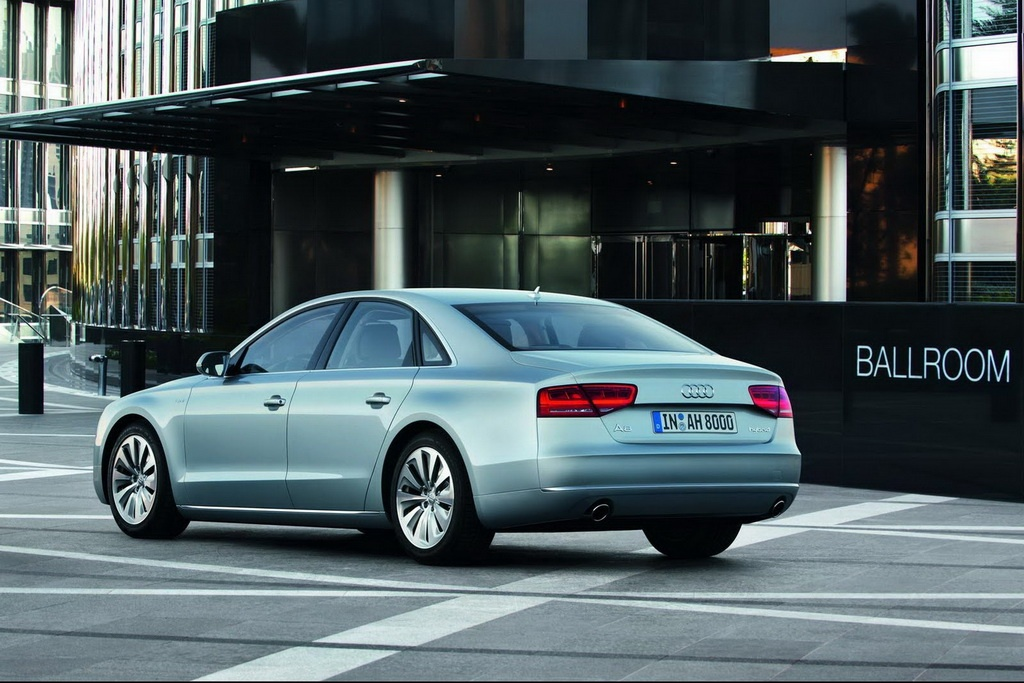 2013 Audi A8 Hybrid 1 The German Fairy Tale