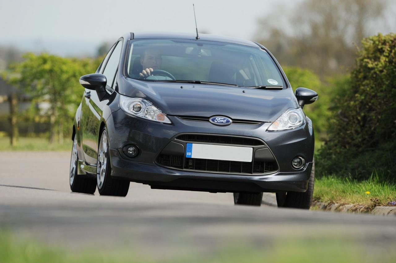 3012688721849528037 2011 Ford Fiesta Zetec S tuned to more power
