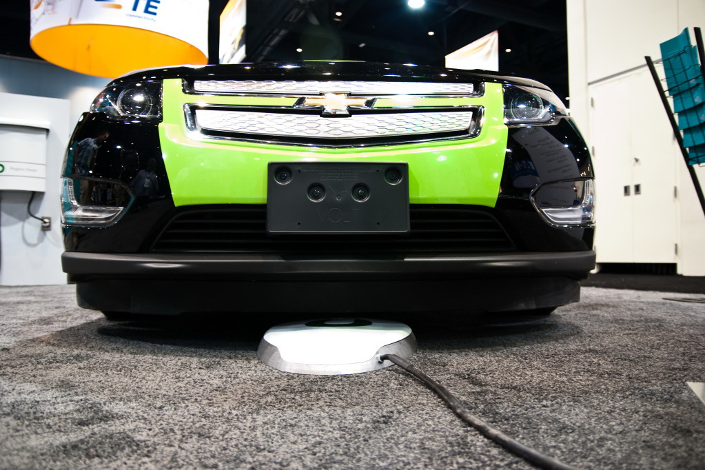 Evatran Wireless Vehicles 1 EVATRAN ANNOUNCES WIRELESS CHARGING STATIONS FOR AUTOMATIC VEHICLES