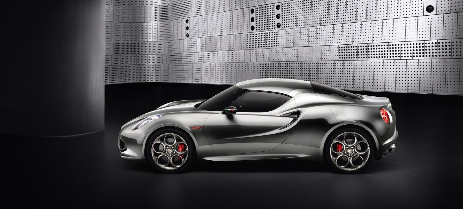 2011 Alfa Romeo 4C Concept 1 2011 ALFA ROMEO SPORTS THE METALLIC LOOK
