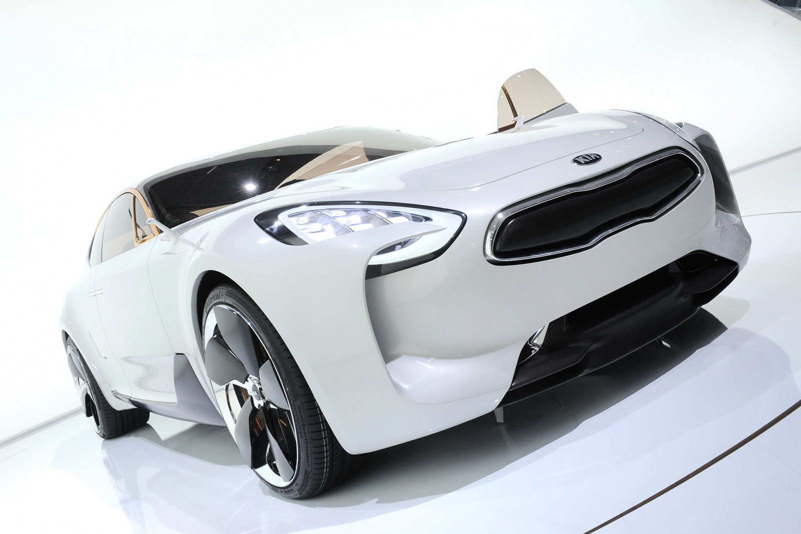 2011 KIA RWD GT Concept 2011 Concept of Kia Becomes Production?
