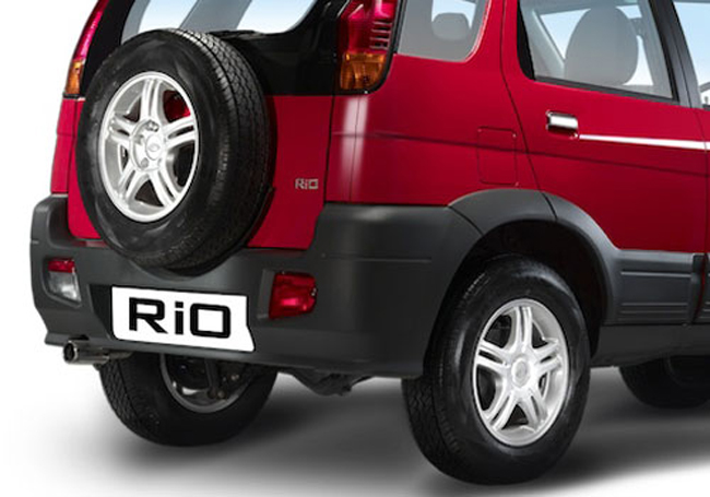 2011 Premier Rio Petrol Compact SUV 2 2011 Premier Rio in India – Good for Indians to Drive Energy Efficient Vehicles