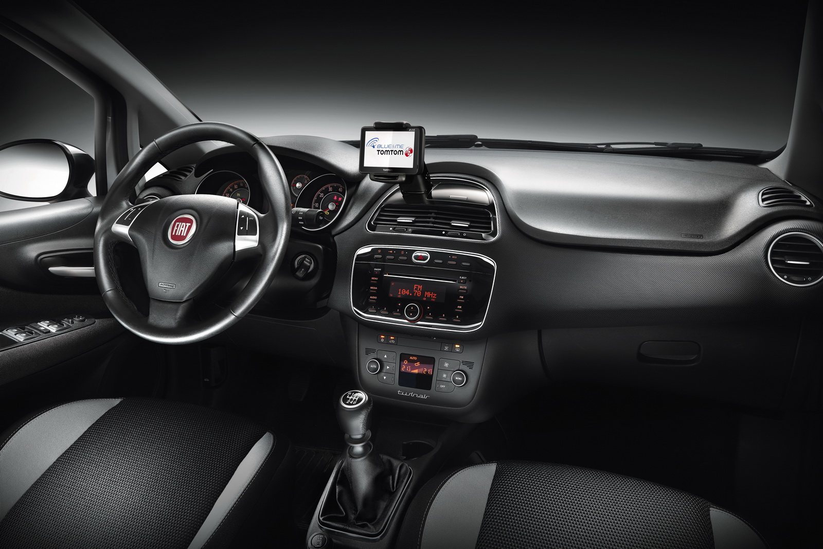 2012 FIAT PUNTO 2012 Nuova Panda – More Fuel Economic with Updated Drive Train Package
