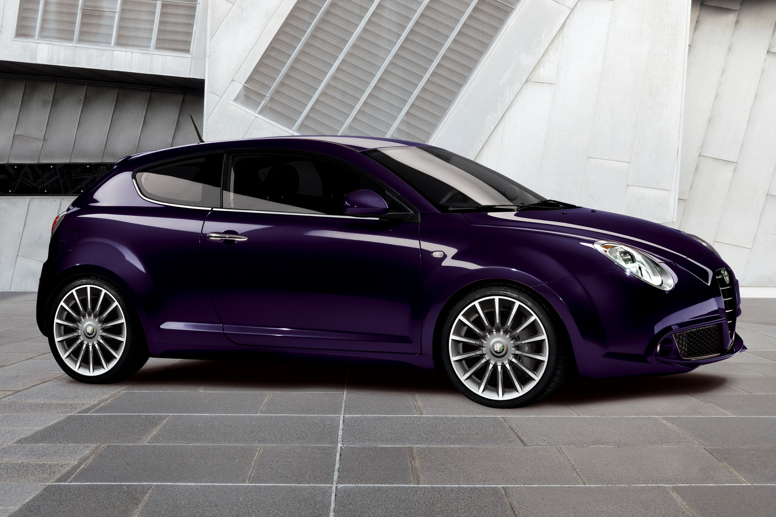 ALFA ROMEO Giulietta and MiTO Hatchbacks 2 Giulietta and MiTO Hatchbacks   More Energy Efficient and Dynamic in Design