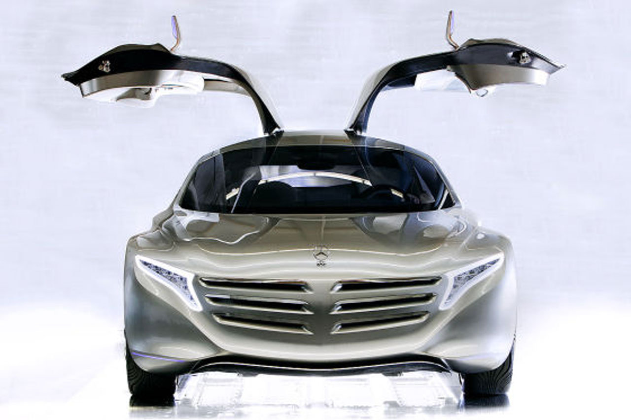 Mercedes Benz F125 4 Frankfurt Surprises Leaked? 2011 Mercedes Benz F125 gullwing fuel cell concept