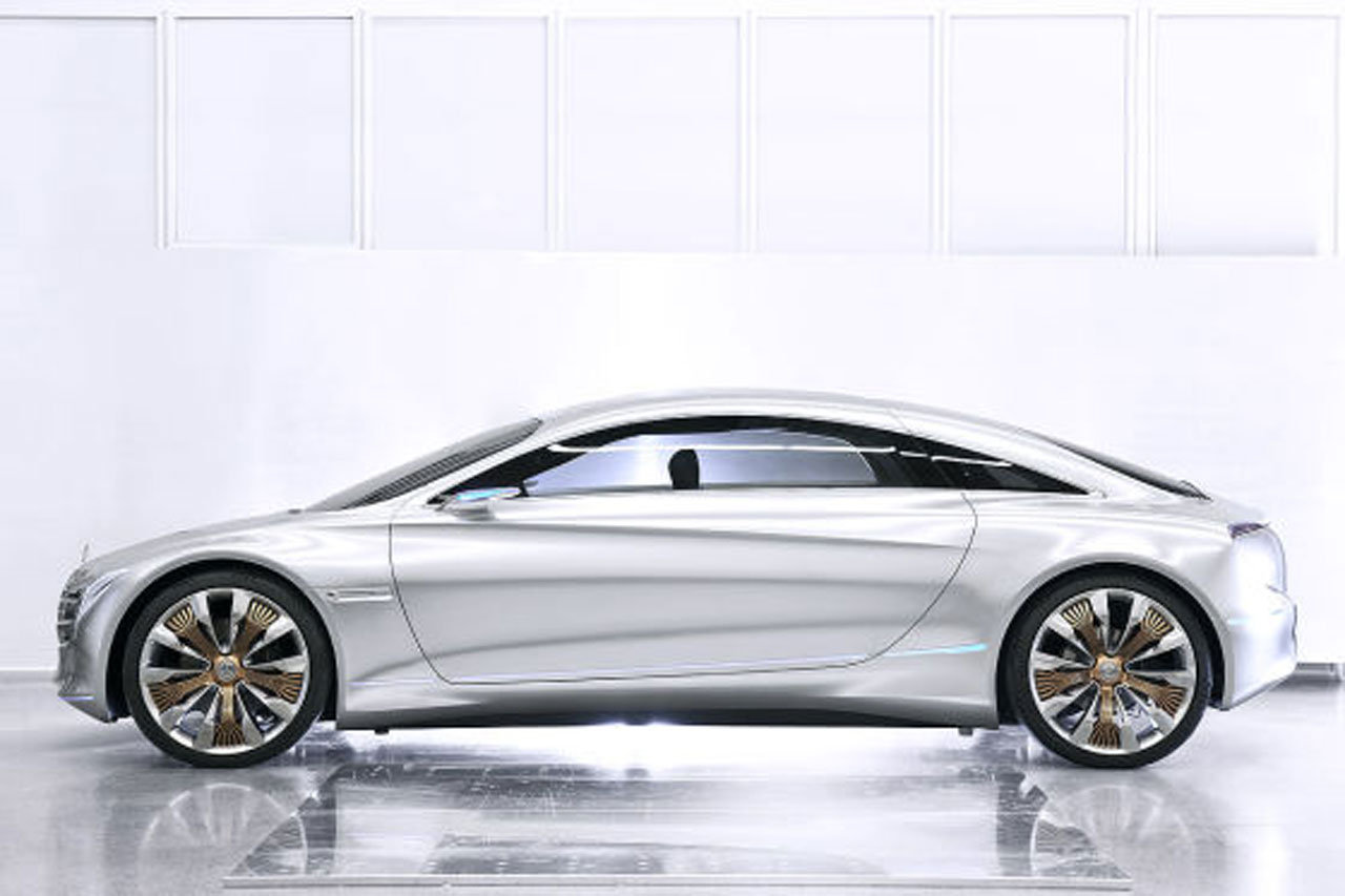 Mercedes Benz F125 Frankfurt Surprises Leaked? 2011 Mercedes Benz F125 gullwing fuel cell concept