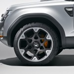 New Land Rover Defender with Frankfurt-bound DC100 concept (1)