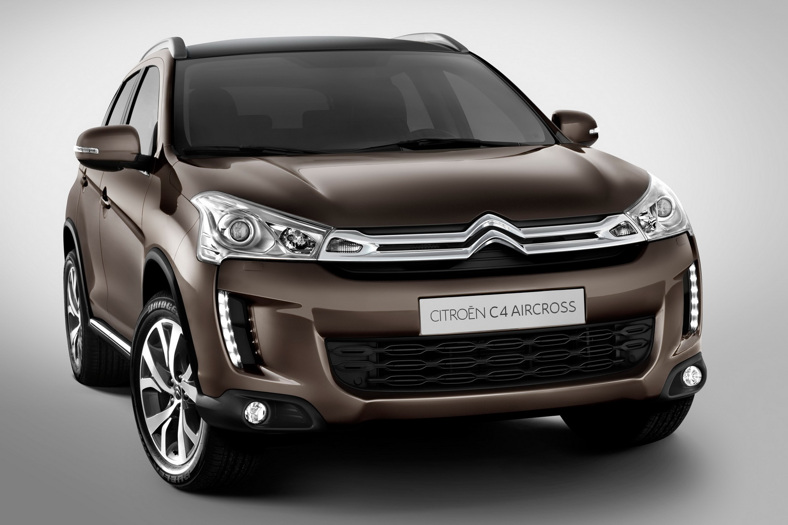 2012 Citroen C4 Aircross 2 New 2012 Citroen C4 AIRCROSS: PSAs Takes on the Mitsubishi ASX with its new version