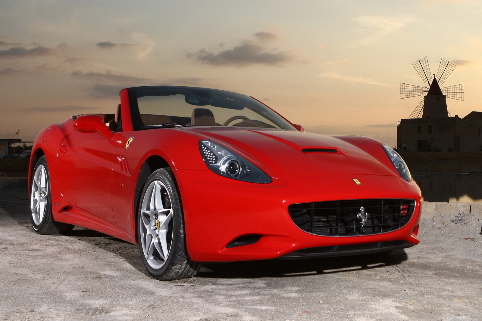 2012 Ferrari California 1 2012 FERRARI'S CALIFORNIA FACELIFT