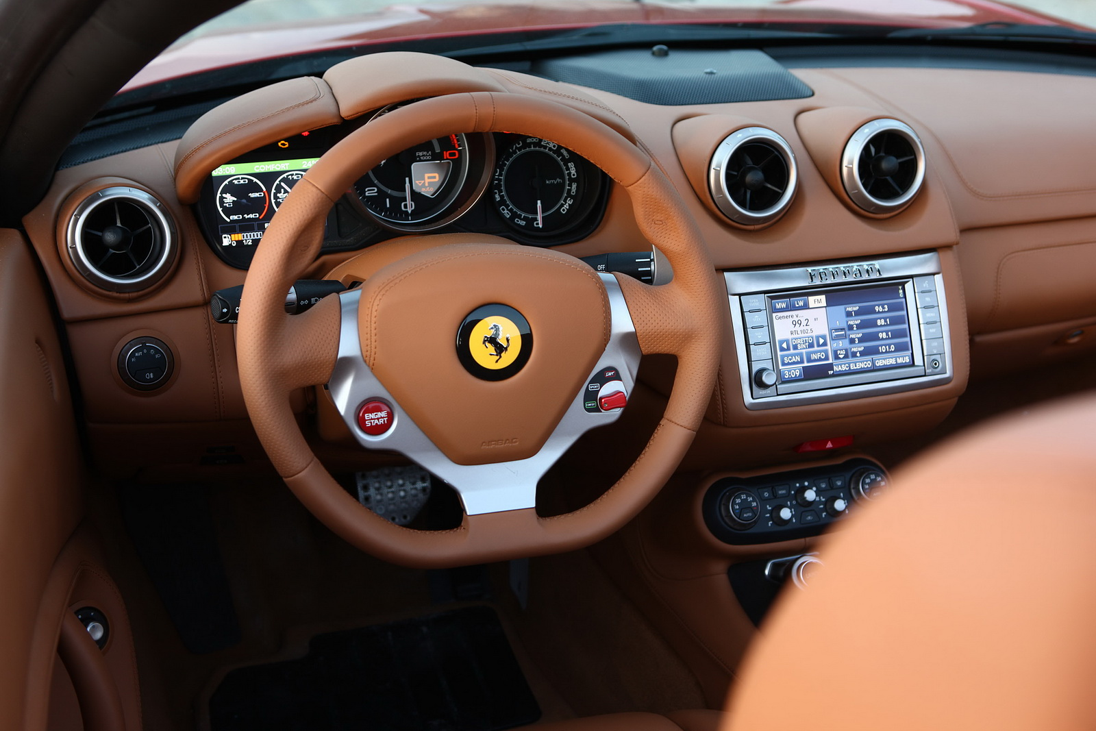 2012 Ferrari California 2 2012 FERRARI'S CALIFORNIA FACELIFT