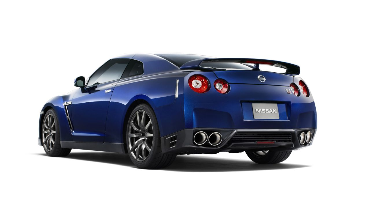 2012 Nissan GTR 2012 Nissan GTR   A Car Review
