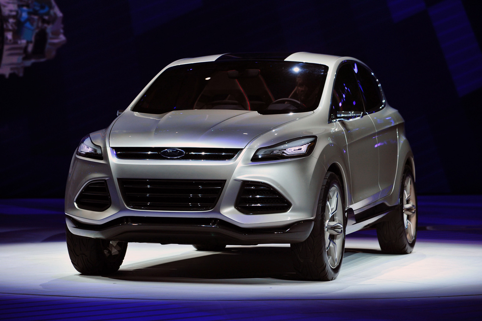 2013 Ford Escape 13 Ford to unveil All New 2013 Escape with 1.6 liter and 2.0 liter EcoBoost Engines at LA Auto Show