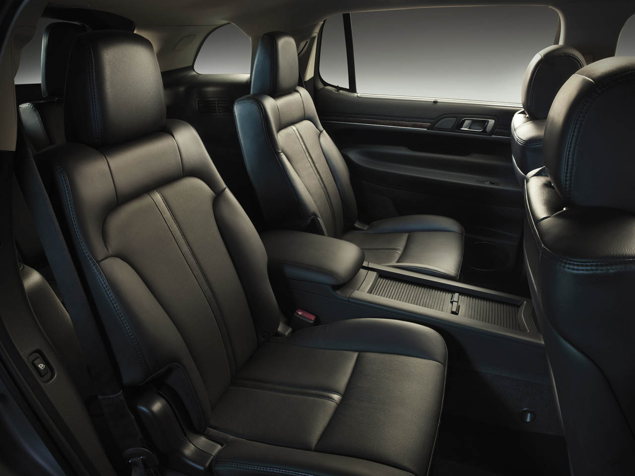 2013 Lincoln MKT 7 2013 Lincoln MKT   A Technical Car Review