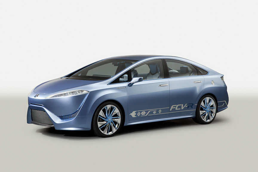 2015 Toyota FT EV III and FCV R Conecpts 2 Toyotas FT EV III and FCV R models to Be Gifted to People by 2015