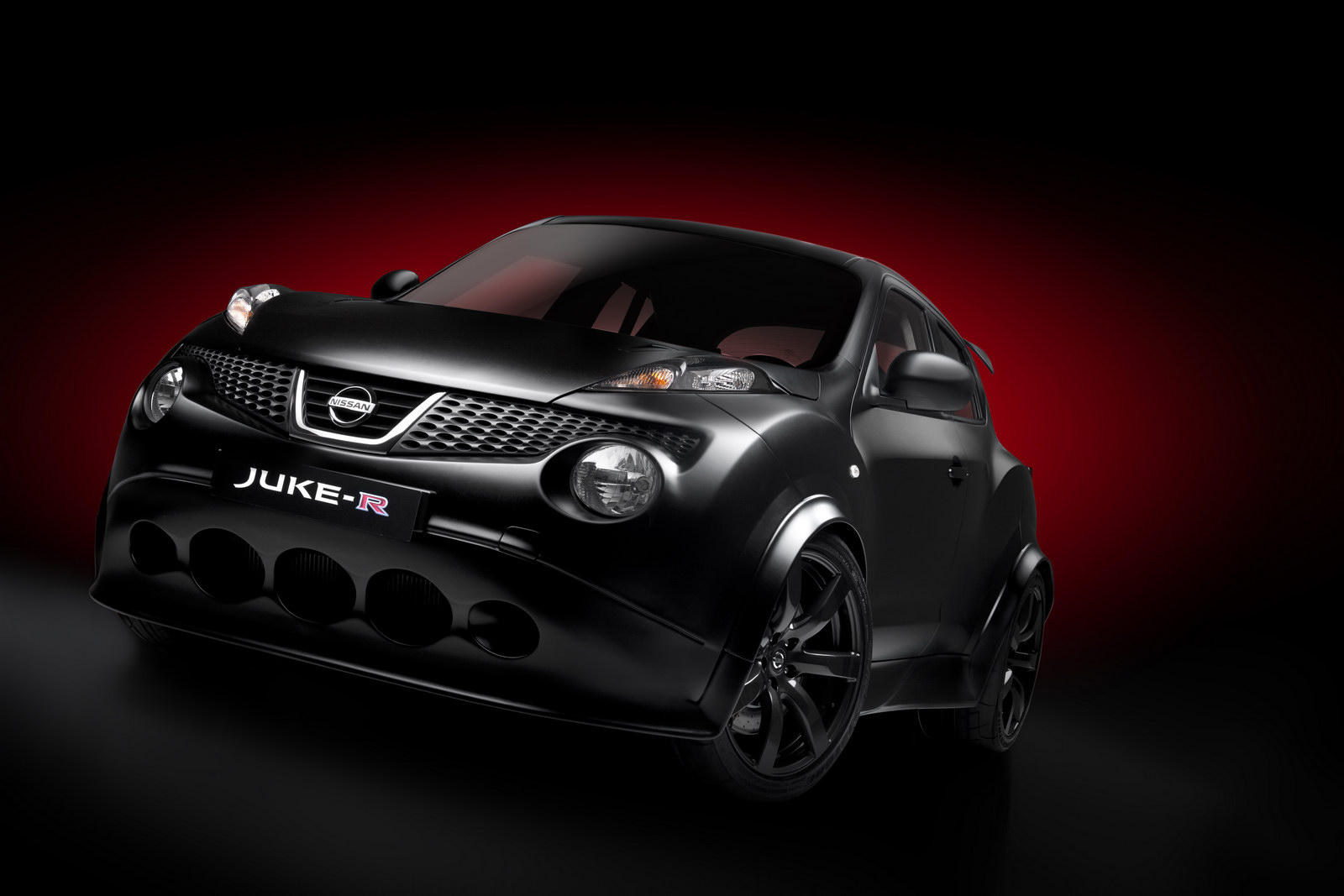 Nissan 480hp Juke R 2011 Nissans 480HP Juke R Finally Revealed in Photos and Videos