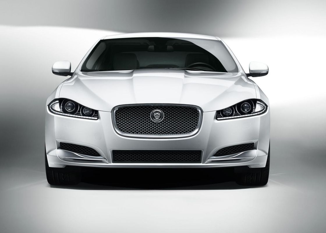 jaguar xf facelift 3 Jaguar XF 2011 with a New Facelift Model