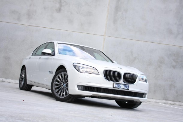 2011 BMW 740i 3 2011 BMW 740i   Much More Sophisticated