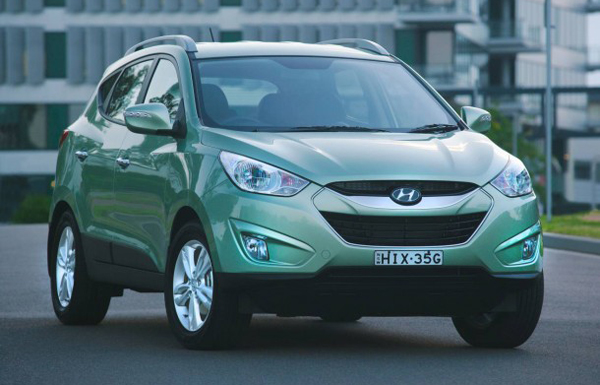 2011 Hyundai ix35 Elite 2011 Hyundai ix35 Elite with Three Variants