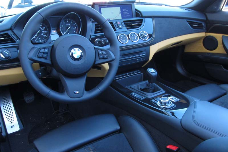 2012 BMW Z4 sDrive28i 6 2012 BMW Z4 sDrive28i   More Energy Efficient and Multi functional