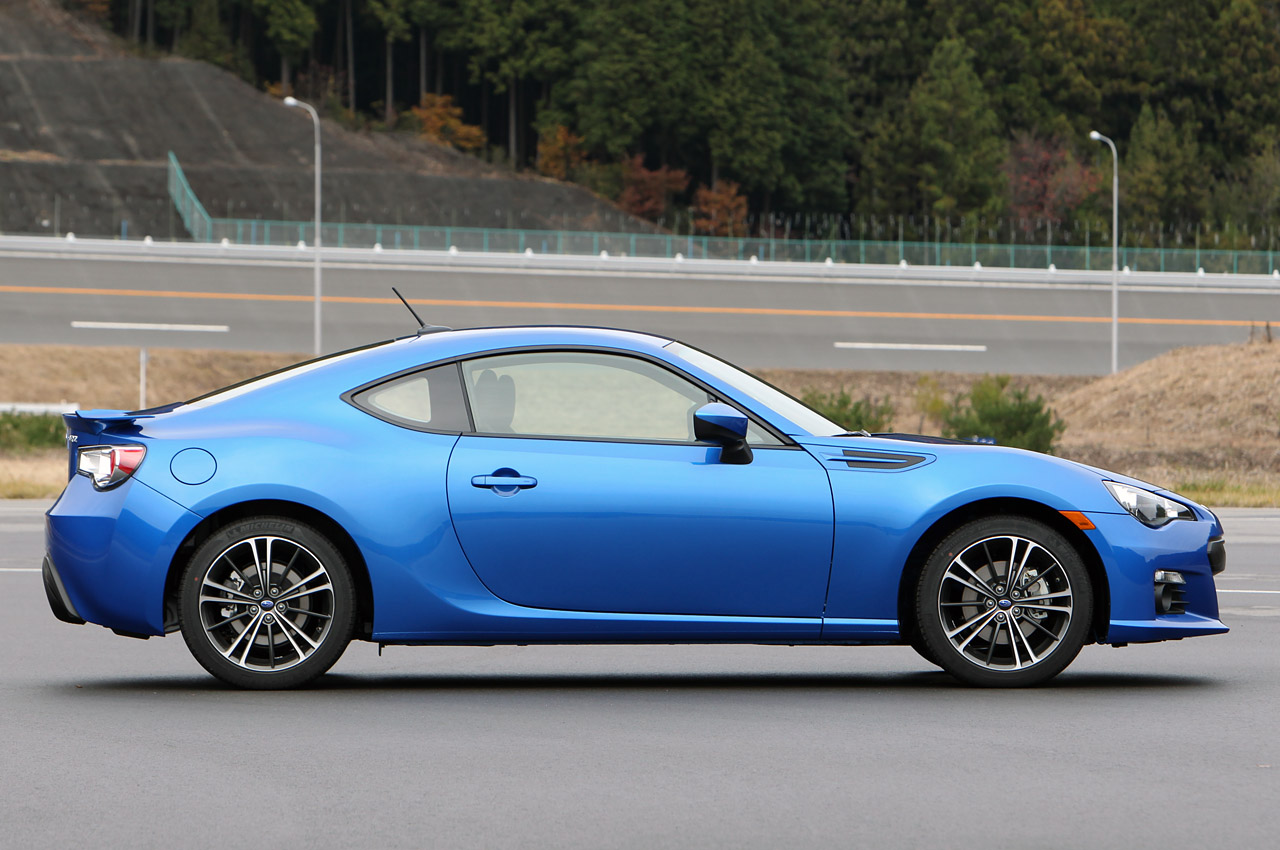 2013 subaru brz 3 2013 Subaru BRZ  B for Boxer, R Rear Wheel Drive and Z for Zenith