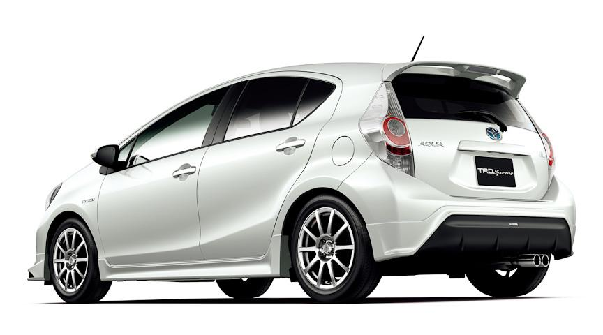 Toyota Aqua Prius C with TRD and Modellista versions 1 TRD and Modellista to Be Launched Shortly by TMC